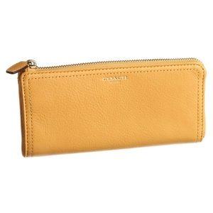 NWT Coach Legacy Leather Slim Zip Wallet